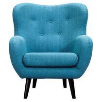 Fauteuil Viborg is een zeer luxe, comfortabele stoel in de trendy kleur turquoise. Deze royaal zittende, gestoffeerde stoel is gecapitonneerd en heeft slanke zwarte pootjes. Deze fauteuil heeft brede armleuningen en dat geeft nog