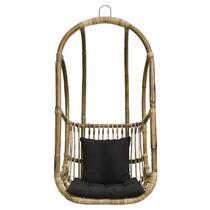 Hangstoel Hidde is een luxueuze en comfortabele stoel die perfect binnen te gebruiken is. Deze stoel is gemaakt van rotan en is grijs van kleur. In deze hangstoel kunt u loungen en chillen.