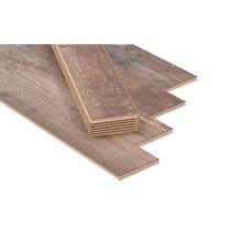 Laminaat Barnwood is een landelijk romantisch laminaat in de kleur bruin. Laminaat heeft veel voordelen. Het is heel gemakkelijk te leggen, vergt weinig onderhoud en laminaat is vele malen voordeliger dan een houten vloer.