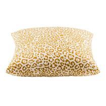 Le coussin décoratif Nana de 45x45 cm est ocre/blanc. Mettez-le sur le canapé, dans votre fauteuil favori ou même sur le lit.