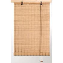 Dit bamboe rolgordijn is ontworpen om privacy te geven terwijl er nog licht binnen komt. Het bamboe rolgordijn in naturel kleur past bij verschillende interieurstijlen.