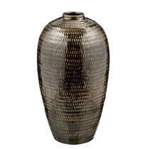 Vaas Freek is olijfgroen en heeft een afmeting van 40x22 cm.