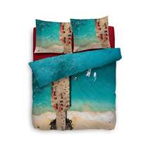 chappez à l'agitation à bord d'un speed boat sur la côté italienne! La housse de couette Rivillio procure la sensation ultime de liberté. L'imprimé très détaillé rapproche considérablement la plage de Capri.