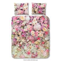 Sur cette parure de couette rose se trouve un imprimé magnifique de fleurs. La housse de couette est imprimée de deux côtés. Cet article est un vrai atout dans votre chambre à coucher!