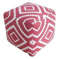 Poef Tudal is een vierkante poef met een vrolijke look en feel. De poef is lekker zacht dus plof lekker neer. Dat wordt lekker hangen, chillen en relaxen. De poef is rood van kleur.