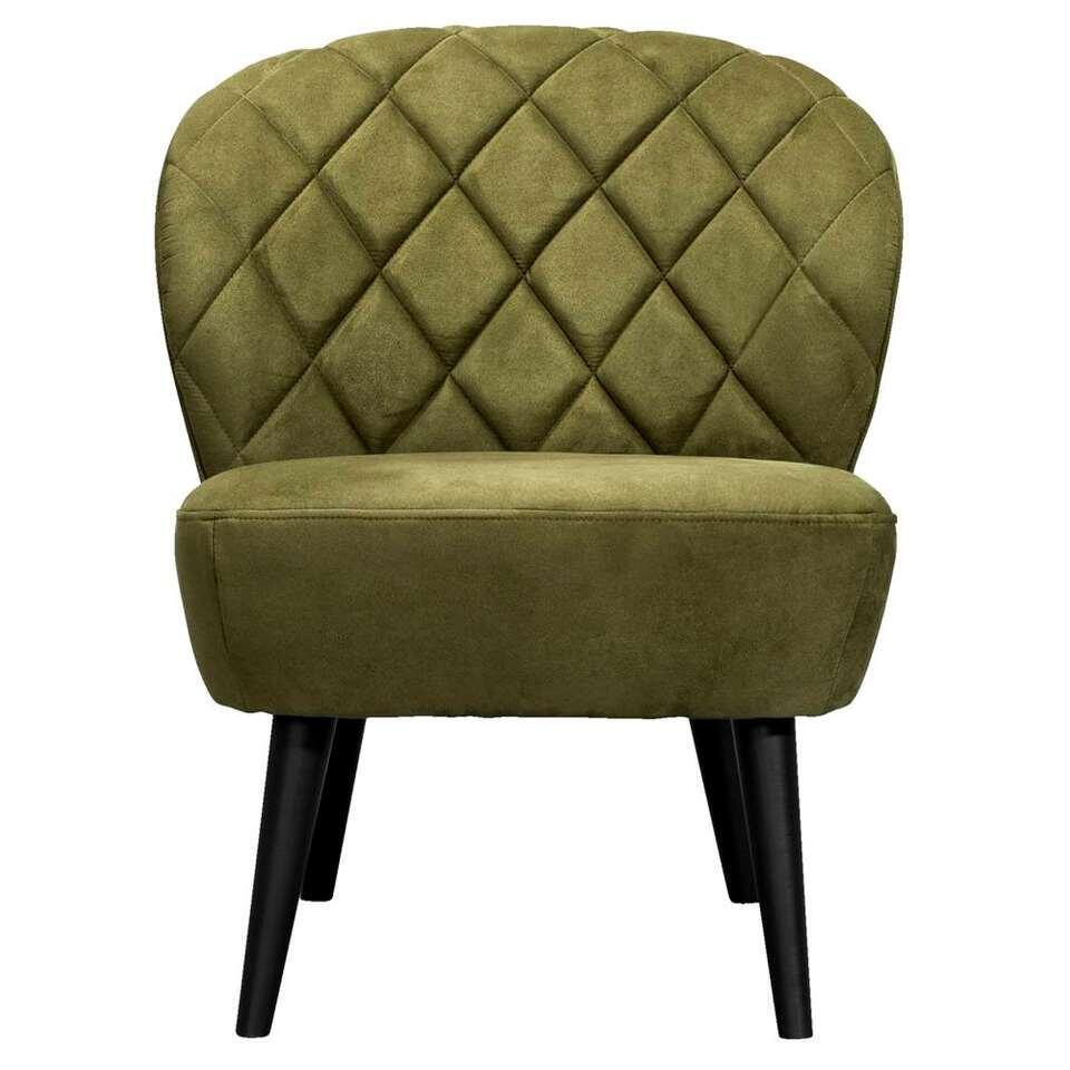De Vita is een stoere fauteuil met retro look die absoluut niet mag ontbreken in je inrichting! Deze mooie vormgegeven fauteuil is uitgevoerd in eengroene stof met de naam Mindelo. De slanke potenmaken de stoel af.