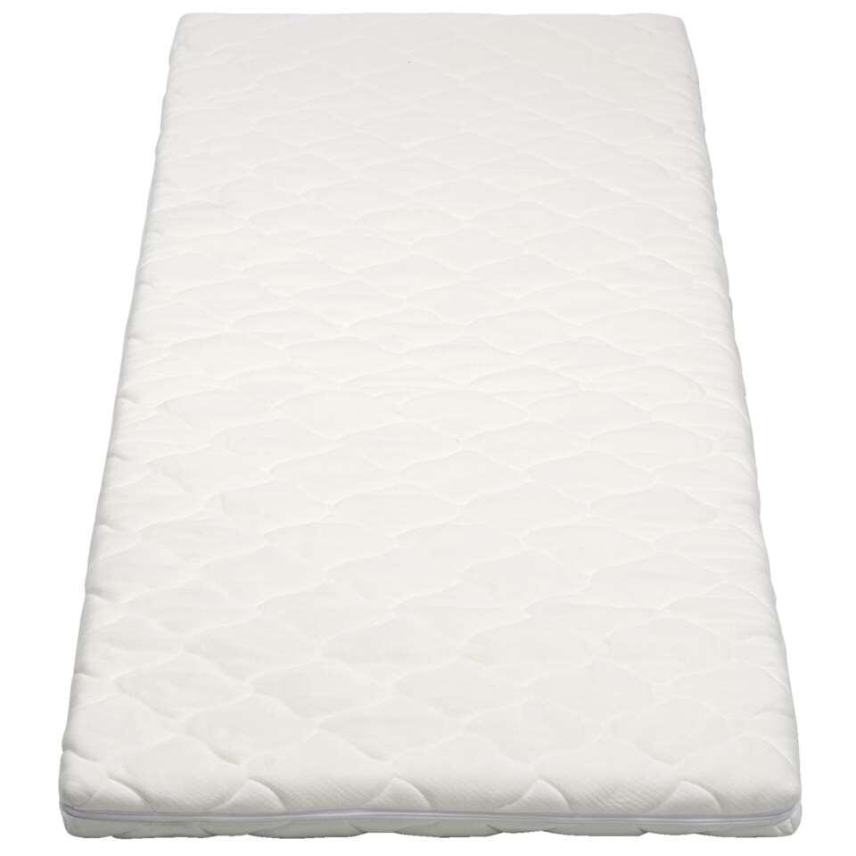 Met topdekmatras Elegance wordt het opmaken van je bed nog makkelijker. Het dekmatras heeft een witte polyesterhoes en is makkelijk te reinigen.
