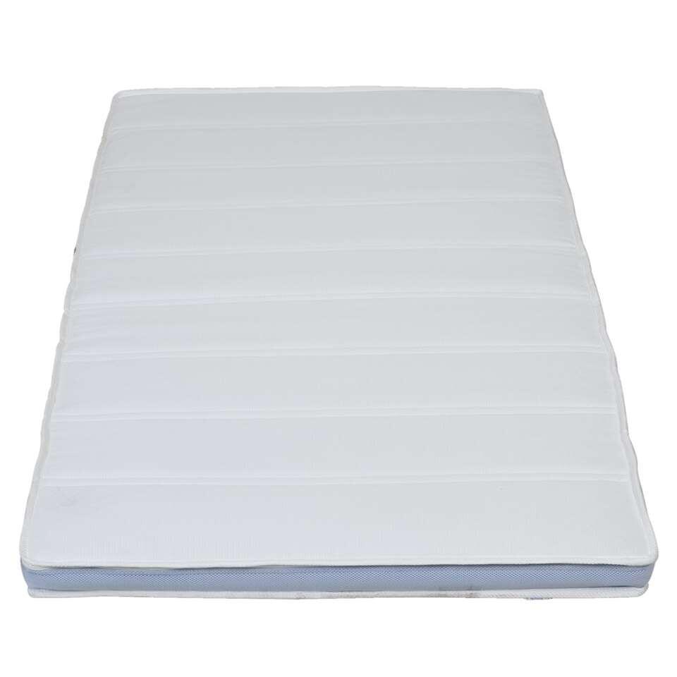 De topdekmatras Supreme geeft extra ondersteuning en ligcomfort. Het beschermt je matras tegen stof, vuil en transpiratie.