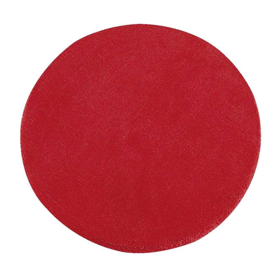 Vloerkleed Colours is een vrolijk rood kleed met een diameter van 68 centimeter. Dit zachte karpet is gemaakt van 100% wol. Ook in diverse andere kleuren.