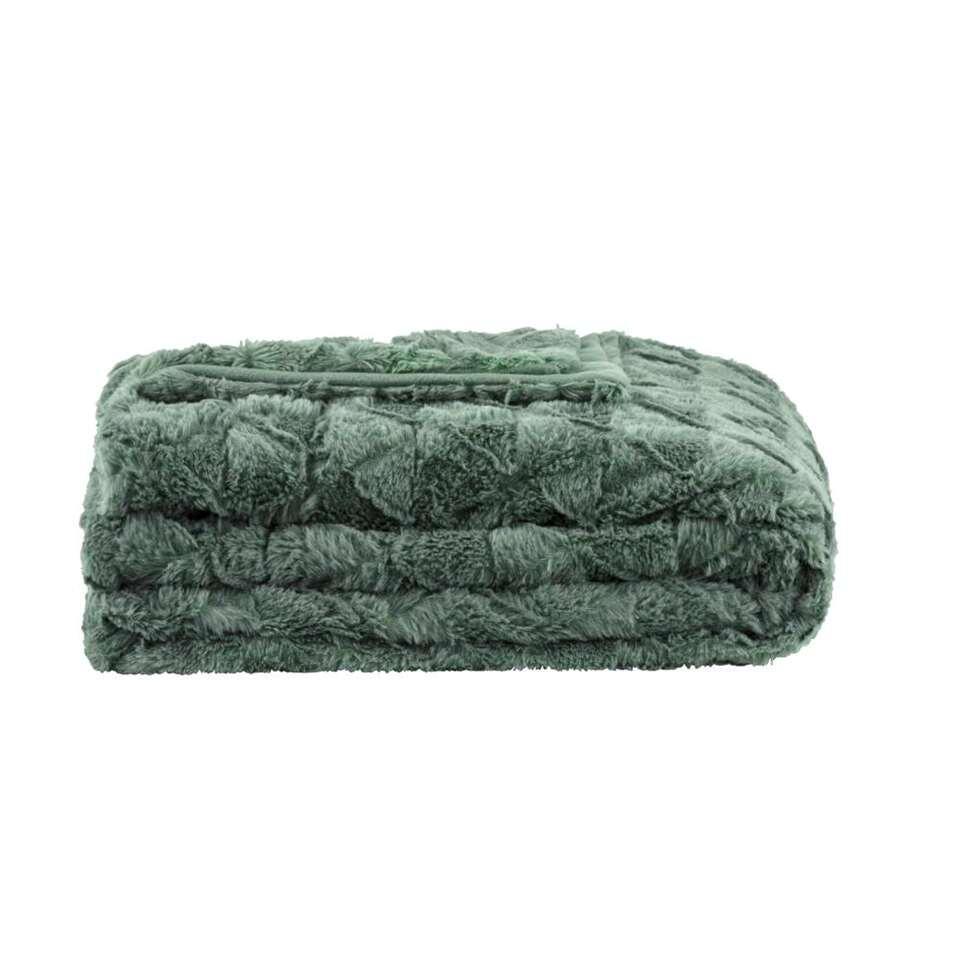 Plaid Nynke is een heerlijk zacht en warm plaid in de kleur groen. Het plaid is gemaakt van polyester en geeft veel warmte wanneer je er lekker onder ligt. Nynke heeft een afmeting van 130x170 cm.