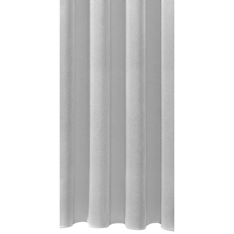 Met deze stijlvolle gordijnstof Antibes voeg je sfeer toe aan je interieur. De lichtgrijze stof is gemaakt van 100% polyester, heeft een breedte van 150 cm en is geschikt voor elke gewenste afmeting.