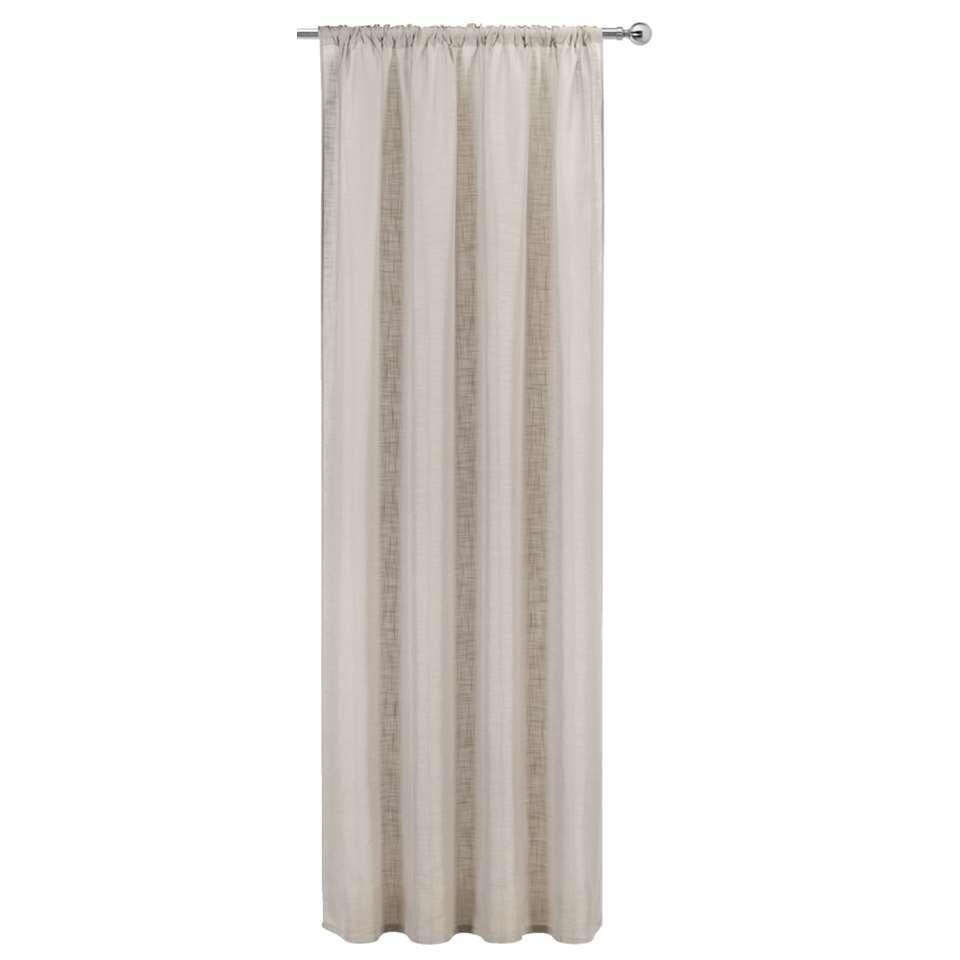 De subtiele sfeermaker in je huis is dit kant en klare gordijn Koert. Het is zandkleurig en heeft een krimppercentage van 1-2%. Dit gordijn is gemaakt van 100% polyester en heeft een afmeting van 280x 140 cm.