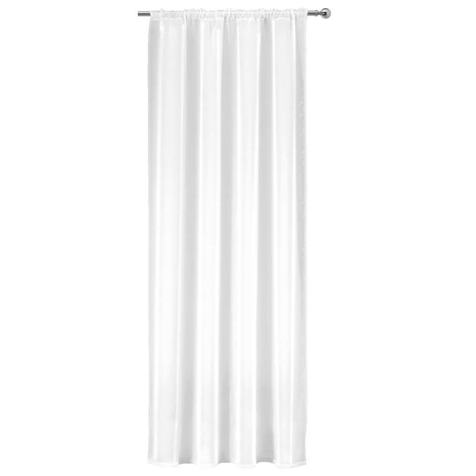 Zorg voor een chique uitstraling in huis met dit gordijn Britt. Dit witte gordijn is gemaakt van 100% polyester. Hang het aan een leuke roede voor een compleet geheel. Het gordijn heeft een afmeting van 250x140 cm.