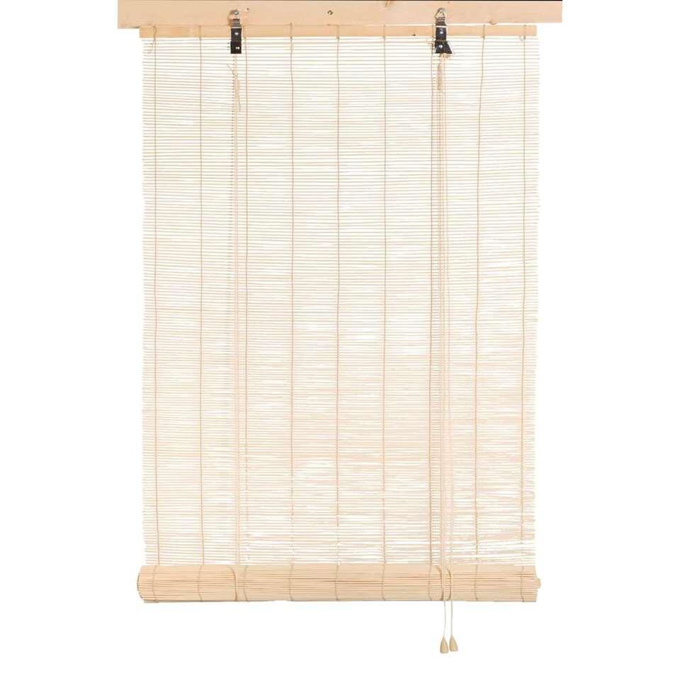 Dit bamboe rolgordijn is ontworpen om privacy te geven terwijl er nog licht binnenkomt. Het bamboe rolgordijn in naturel kleur past bij verschillende interieurstijlen.