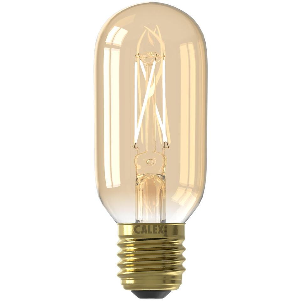 Calex LED Filament Buislamp is een lamp in standaard formaat. Hij is goud van kleur en geeft een prettig warm wit licht af. Deze lamp heeft een grote fitting (E27) en is dimbaar.
