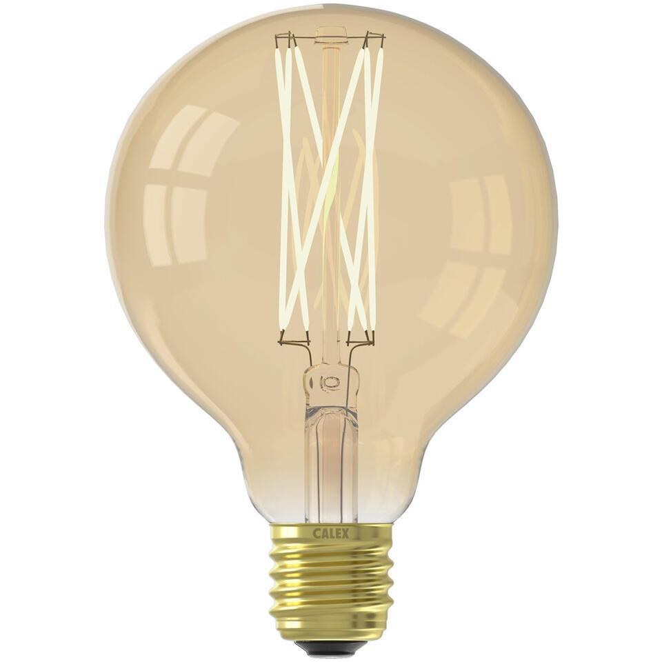 Calex LED Langfilament is een lamp in standaard formaat. Deze lamp heeft een grote fitting (E27) en is dimbaar. De levensduur van deze lamp is 25000 uur.