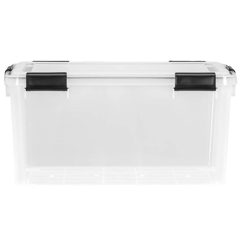 Opbergbox 50 liter is een grote plastic opbergbox met een afmeting van 29x39x59 cm. Deze opbergbox is transparant dus je ziet precies wat je waar hebt opgeborgen. Tevens is deze box luchtdicht, erg handig!