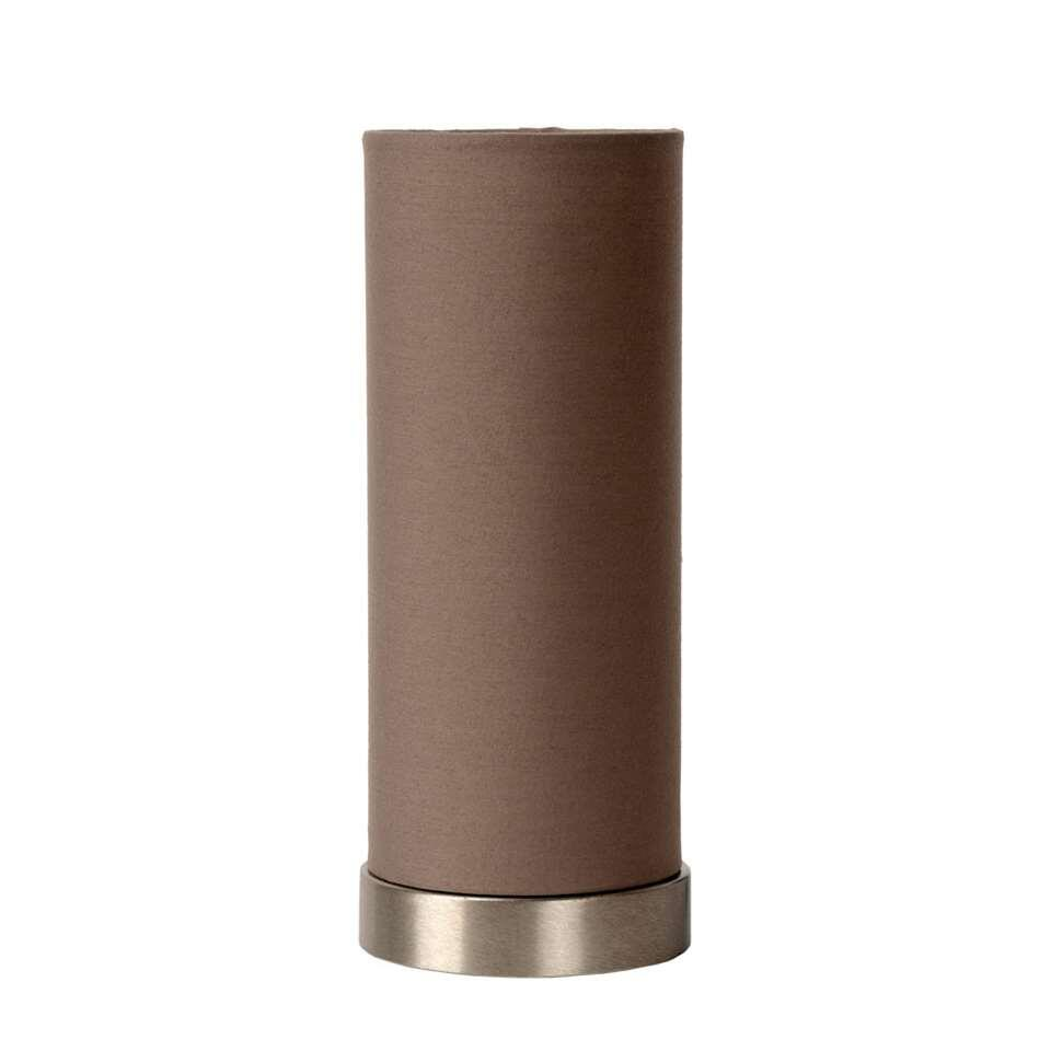 Deze kleine, maar gezellige tafellamp is perfect mobiel. Deze afwerking met een stijlvolle koker in taupe combineert mooi in een klassiek of hedendaags interieur.