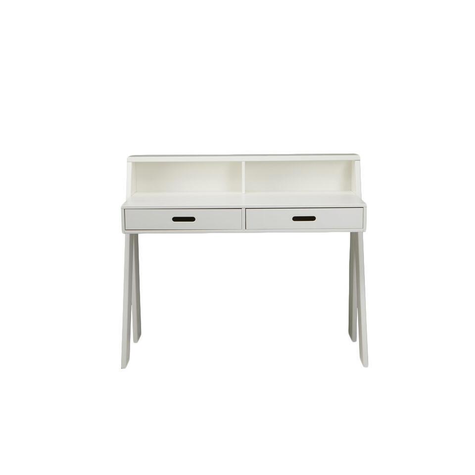 Woood bureau Max is een modern wit bureau gemaakt van massief grenenhout. Het grenenhout heeft een FSC® keurmerk. Bureau Max heeft handige vakken en laden waar je genoeg spullen kwijt kunt.