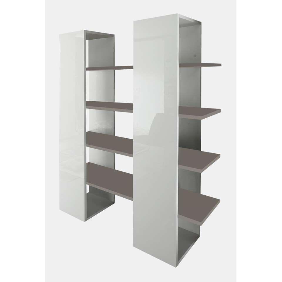 Boekenkast Mestre - groot - hoogglans wit/beige - 161x132x36 cm - Leen Bakker