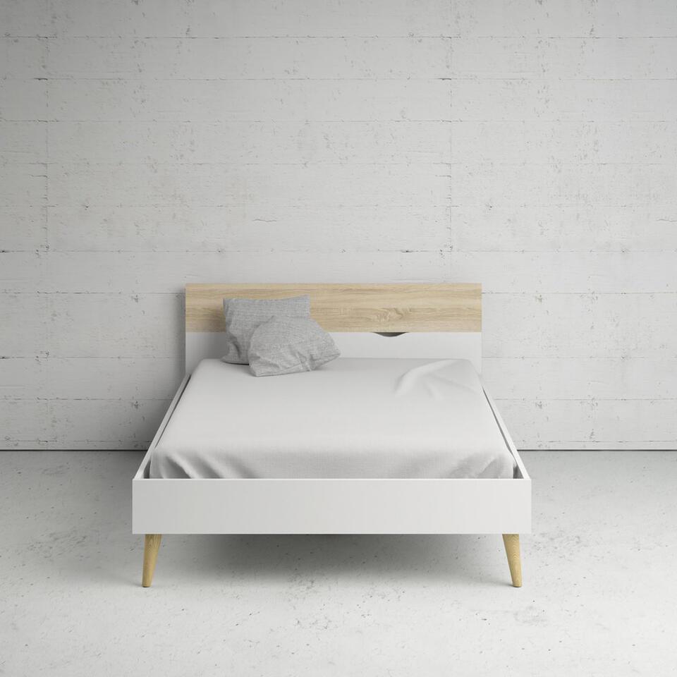Bed Delta - wit/eikenkleur - 140x200 cm