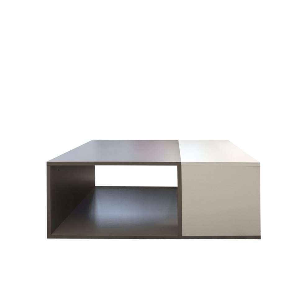 Salontafel Krossen is een tweekleurige, moderne salontafel in wit met taupe. Het open vak kun je gebruiken als opbergruimte.