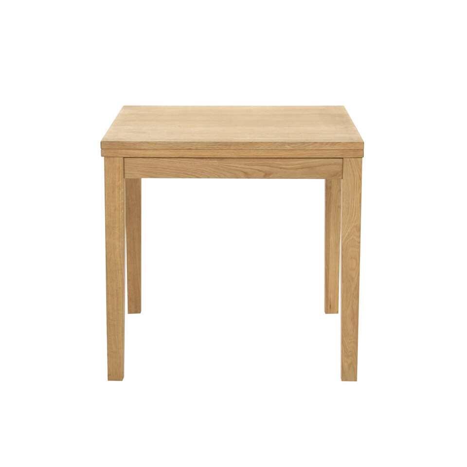 Eetkamertafel Laudal is een eenvoudige tafel in eikenkleur met een afmeting van 75x160x80 cm. Deze tafel heeft een stoere eenvoudige look en is ideaal voor bijvoorbeeld in de keuken.