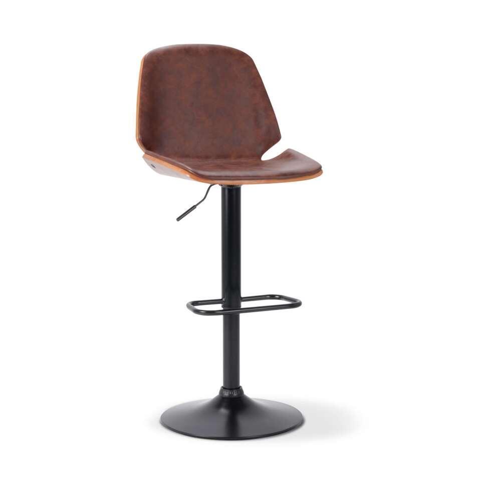 Barkruk Javi is bekleed met een stoere bruine vintage leatherlook afgewerkt met een houten achterkant. De barkruk is verstelbaar in hoogte en heeft een retro look met een prettig zitcomfort.