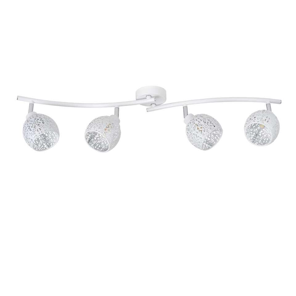 Alleen is maar alleen. Daarom werkt plafondspot Tahar als een kwartet. Vier sierlijke lichtpunten zorgen voor een optimale lichtspreiding naar alle hoeken van je woonkamer, hal of slaapkamer.