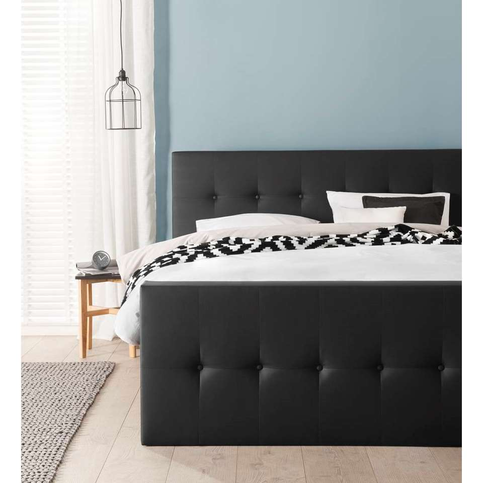 boxspring kopenhagen voetbord lederlook zwart 140x200 cm. Black Bedroom Furniture Sets. Home Design Ideas